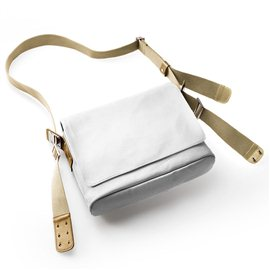 BANDOLERA BROOKS PADDINGTON (WHITE/STONE)